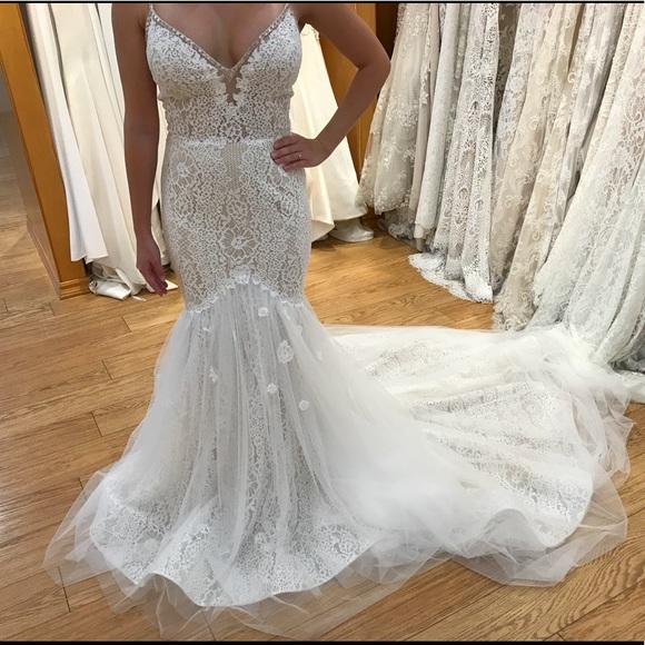 70151f5cb25 L amour Calla Blanche BRAND NEW Wedding Dress